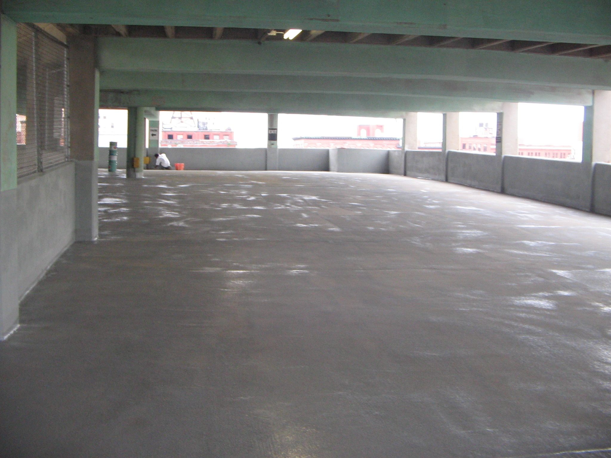 concrete-membrane-going-down